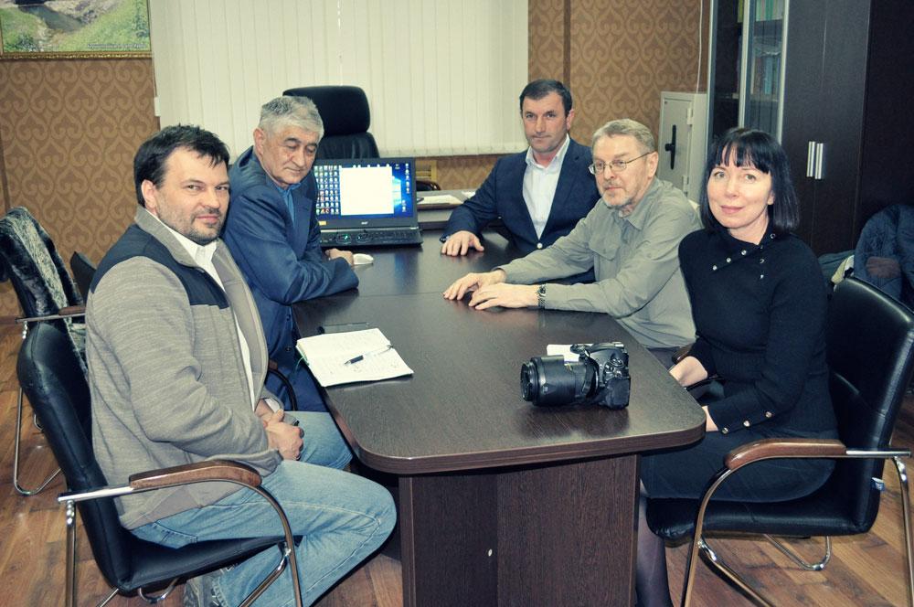 В офисе Государственного природного заповедника «Дагестанский».